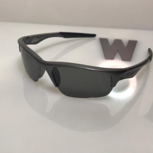 aee37befb92 berkley Other - Berkley men s grey flex end sunglasses